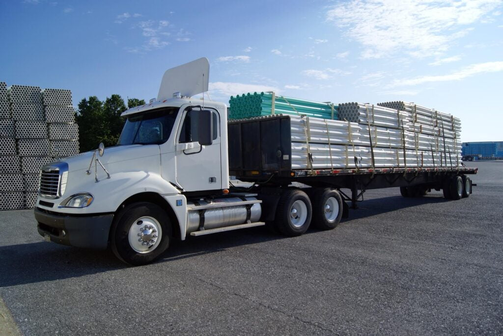 a fusiontransportation truck for medical equipment shipping